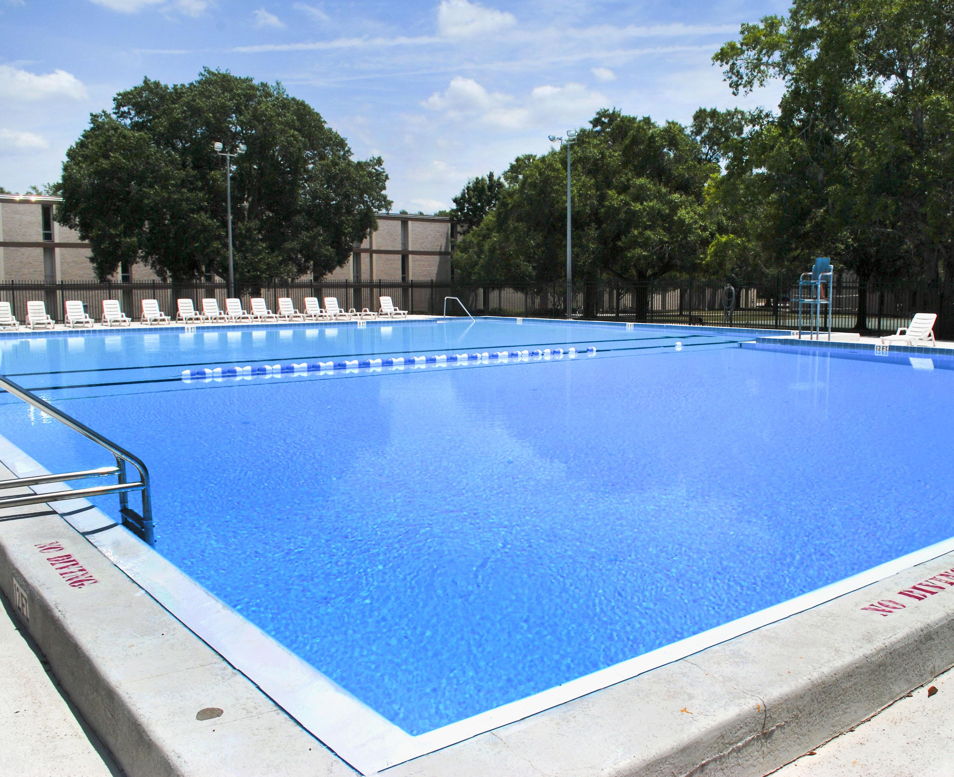 Grupo de limpiezas mart nez mantenimiento de piscinas - Mantenimiento de piscinas ...